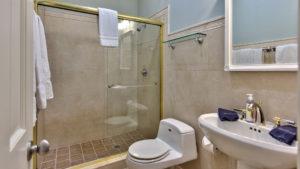 Knickerbocker Naples Bath 3